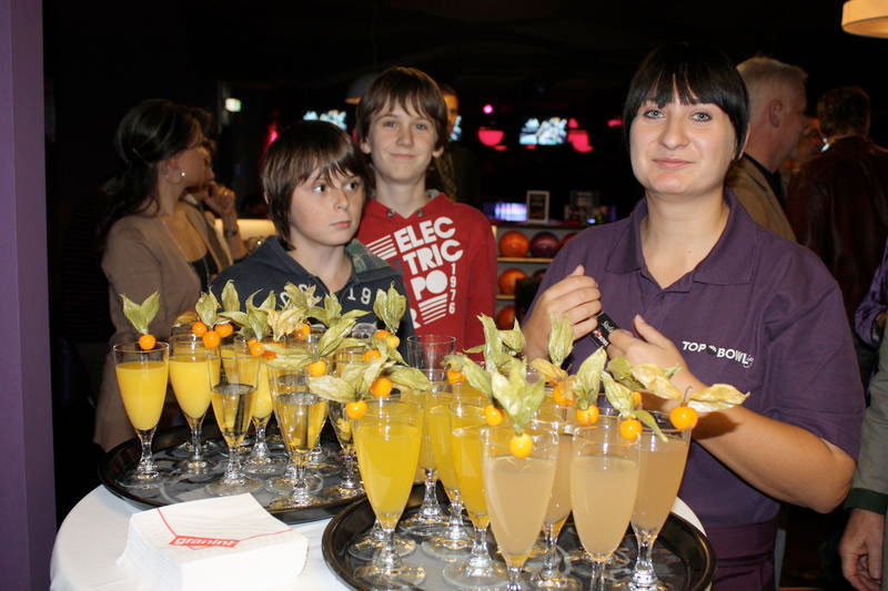 wb-eroeffnung_bowling12