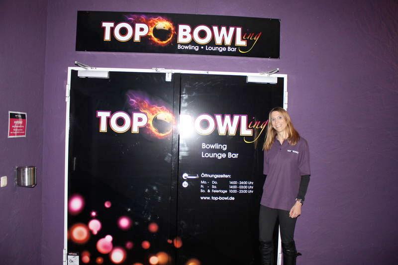 wb-eroeffnung_bowling2