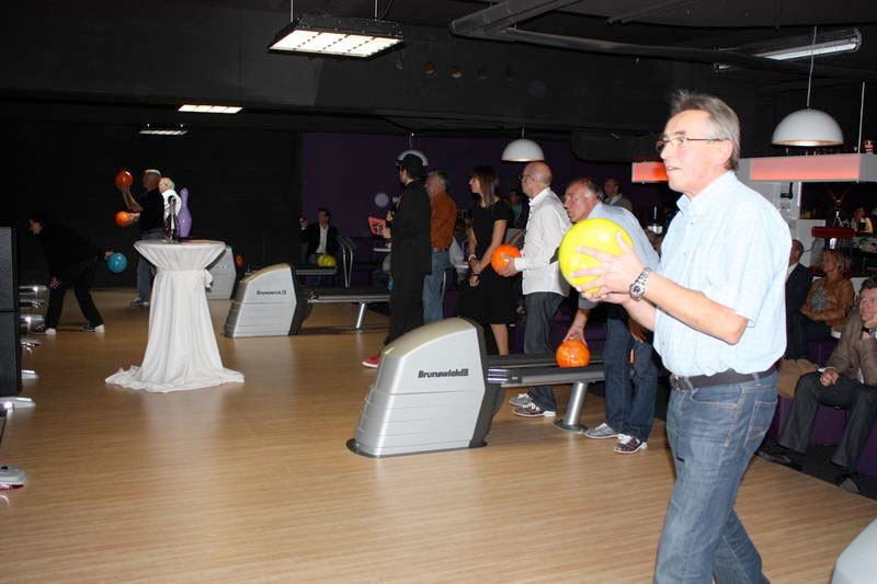 wb-eroeffnung_bowling31