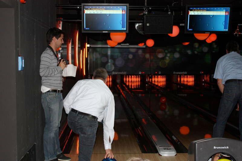 wb-eroeffnung_bowling33