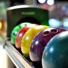 Bowling-Baelle-Bahn