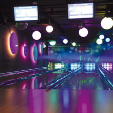 Bowling-Bahn-Laser-Top-Bowl-Neuoetting-2